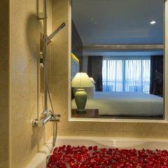 Отель Chanalai Garden Resort, Kata Beach 4* Улучшенный номер с двуспальной кроватью фото 9