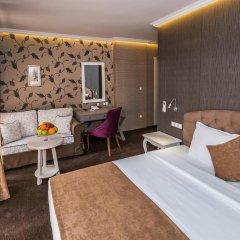 Отель 8 1/2 Art Guest House 3* Стандартный номер с различными типами кроватей