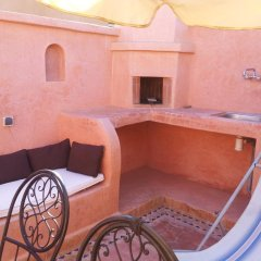 Отель Riad Les Portes De La Medina комната для гостей фото 2