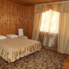 Гостевой Дом Натали Стандартный семейный номер с двуспальной кроватью фото 2