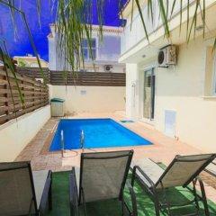 Отель Villa Florie Кипр, Протарас - отзывы, цены и фото номеров - забронировать отель Villa Florie онлайн бассейн фото 3