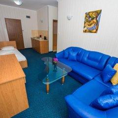 Family Hotel Gallery 3* Номер категории Эконом с различными типами кроватей фото 7