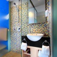 Отель Best Western Kuta Beach 3* Стандартный номер с различными типами кроватей фото 4