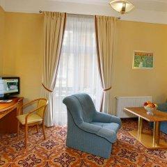 Отель Danubius Health Spa Resort Hvězda-Imperial-Neapol 4* Улучшенный номер с различными типами кроватей фото 4