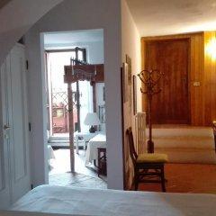 Отель B&b Al Giardino Di Alice 2* Стандартный номер фото 15