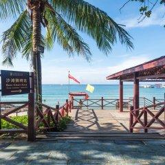 Sanya Baohong Hotel пляж