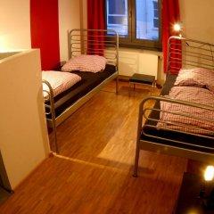 Heart of Gold Hostel Berlin Стандартный номер с различными типами кроватей