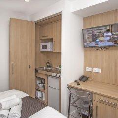 Отель 88 Studios Kensington Апартаменты с различными типами кроватей фото 32