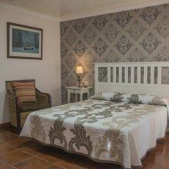 Hotel Puerto Arnela Камариньяс комната для гостей фото 4