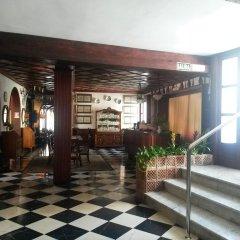 Отель Hostal Cas Bombu интерьер отеля фото 3