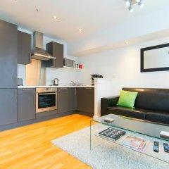 Апартаменты Mitchell Street Glasgow Apartment в номере