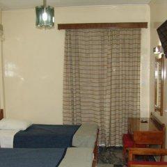Cosmos Hotel 2* Стандартный номер с 2 отдельными кроватями фото 2
