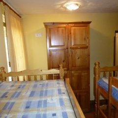 Отель Albergue Turistico Briz Кровать в общем номере с двухъярусной кроватью фото 6