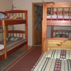 Отель Marine Keskus Кровать в общем номере