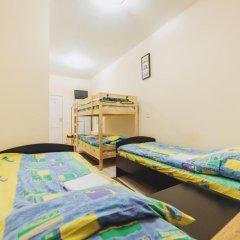 Мини-Отель Компас Кровать в общем номере с двухъярусной кроватью фото 25