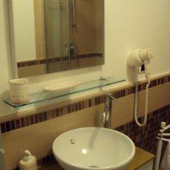 Отель Domus Della Radio 3* Стандартный номер с двуспальной кроватью фото 4