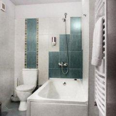 Отель Meteor Family Hotel Болгария, Чепеларе - отзывы, цены и фото номеров - забронировать отель Meteor Family Hotel онлайн ванная фото 2