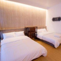 Отель Glur Bangkok Стандартный номер разные типы кроватей фото 41