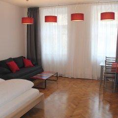 Отель Stadthalle - FamilyCityApartment Австрия, Вена - отзывы, цены и фото номеров - забронировать отель Stadthalle - FamilyCityApartment онлайн комната для гостей фото 2
