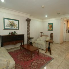 Отель Crown Regency Residences - Cebu 3* Стандартный номер с различными типами кроватей фото 3
