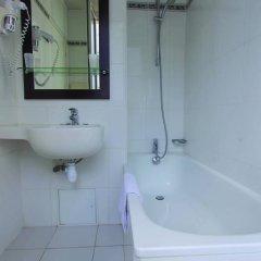Отель Lilas Gambetta 2* Стандартный номер с различными типами кроватей фото 5