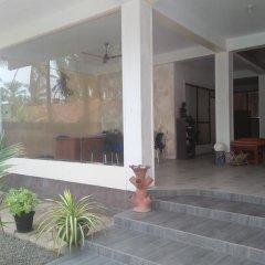 Отель Green Shadows Beach Hotel Шри-Ланка, Ваддува - отзывы, цены и фото номеров - забронировать отель Green Shadows Beach Hotel онлайн интерьер отеля