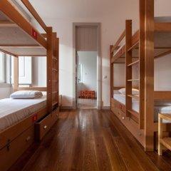 Inn Possible Lisbon Hostel Кровать в общем номере с двухъярусной кроватью фото 7