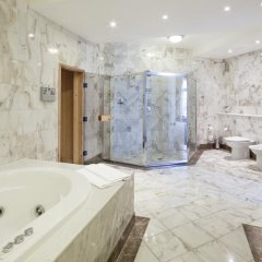 Отель Vilnius Grand Resort 4* Президентский люкс с различными типами кроватей фото 4