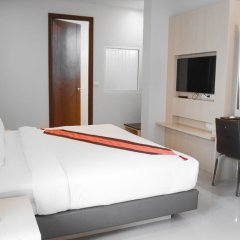 Отель Andatel Grandé Patong Phuket 4* Улучшенный номер с двуспальной кроватью фото 3