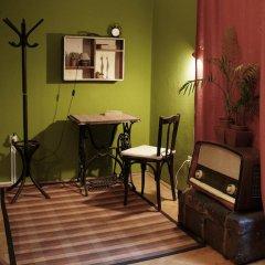 Home Made Hostel Кровать в общем номере с двухъярусной кроватью фото 10