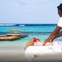 Отель Valencia Villa Ямайка, Очо-Риос - отзывы, цены и фото номеров - забронировать отель Valencia Villa онлайн приотельная территория