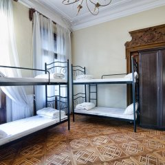 City Central Lviv Hostel комната для гостей фото 5