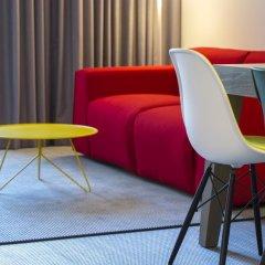 Отель Radisson RED Brussels 4* Стандартный номер с различными типами кроватей фото 11