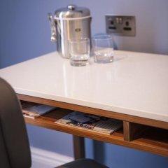 Отель Great Cumberland Place 5* Улучшенный номер с различными типами кроватей фото 11