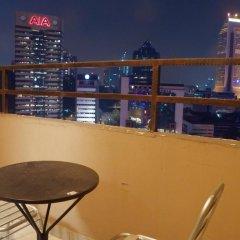 Отель Maytower Hotel & Serviced Apartment Малайзия, Куала-Лумпур - 1 отзыв об отеле, цены и фото номеров - забронировать отель Maytower Hotel & Serviced Apartment онлайн балкон
