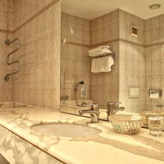 TOP Hotel Ambassador-Zlata Husa 4* Люкс с разными типами кроватей фото 6