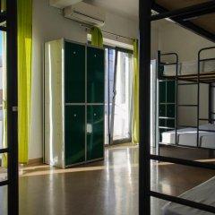 Hans Brinker Hostel Lisbon Кровать в общем номере с двухъярусной кроватью фото 4