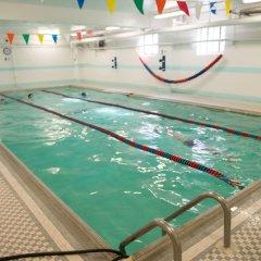 Отель Green Point YMCA бассейн фото 3