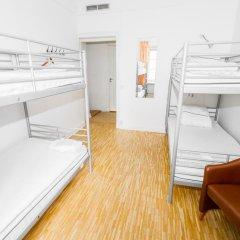 Birka Hostel Кровать в общем номере с двухъярусной кроватью фото 4