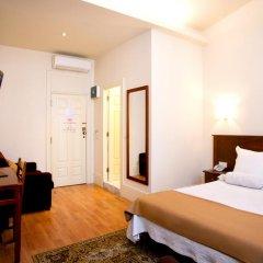 Отель Aliados 3* Улучшенный номер с двуспальной кроватью фото 16