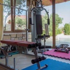 Отель Luxury Villa Karteros фитнесс-зал фото 2
