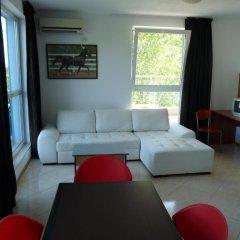 Апартаменты Sofia Apartments In Sunny Residence Солнечный берег комната для гостей