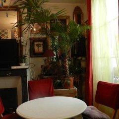 Отель Chambre D'hôtes Un Air De Montmartre Париж комната для гостей фото 2