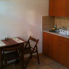 Апартаменты Caterina Private Rooms and Apartments Стандартный номер с 2 отдельными кроватями фото 5