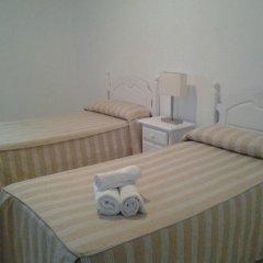 Отель Hostal El Arco Номер категории Эконом с различными типами кроватей