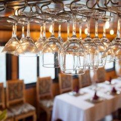 Отель Halong Legacy Legend Cruise гостиничный бар