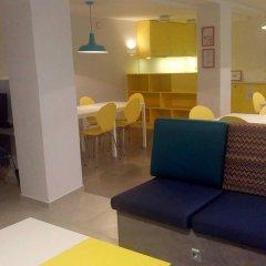 Отель eMKa Hostel Польша, Варшава - отзывы, цены и фото номеров - забронировать отель eMKa Hostel онлайн гостиничный бар