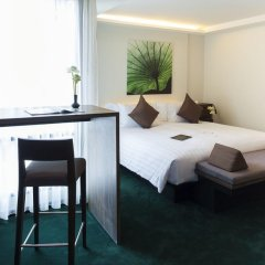 Отель U Sukhumvit Bangkok 4* Семейный номер Делюкс с двуспальной кроватью фото 8