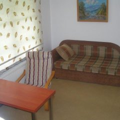 Гостиница Дубки 3* Стандартный семейный номер с двуспальной кроватью фото 3