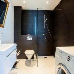 Отель Liivalaia Apartment Эстония, Таллин - отзывы, цены и фото номеров - забронировать отель Liivalaia Apartment онлайн ванная фото 2